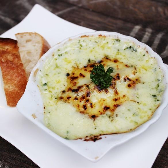 牡蠣の香草バター焼きグラタン仕立て