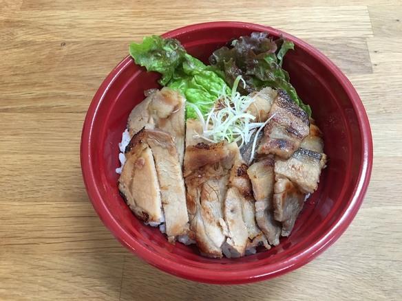豚丼(お弁当)