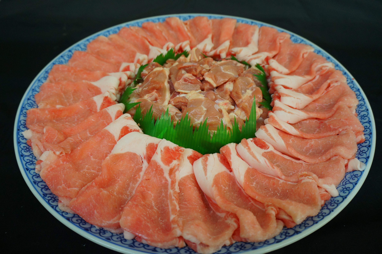 各種鍋!【牛すきやき】【牛しゃぶ】【豚しゃぶ】【鶏鍋】【かもすき鍋】【魚ちり鍋】※要予約のメニューです。