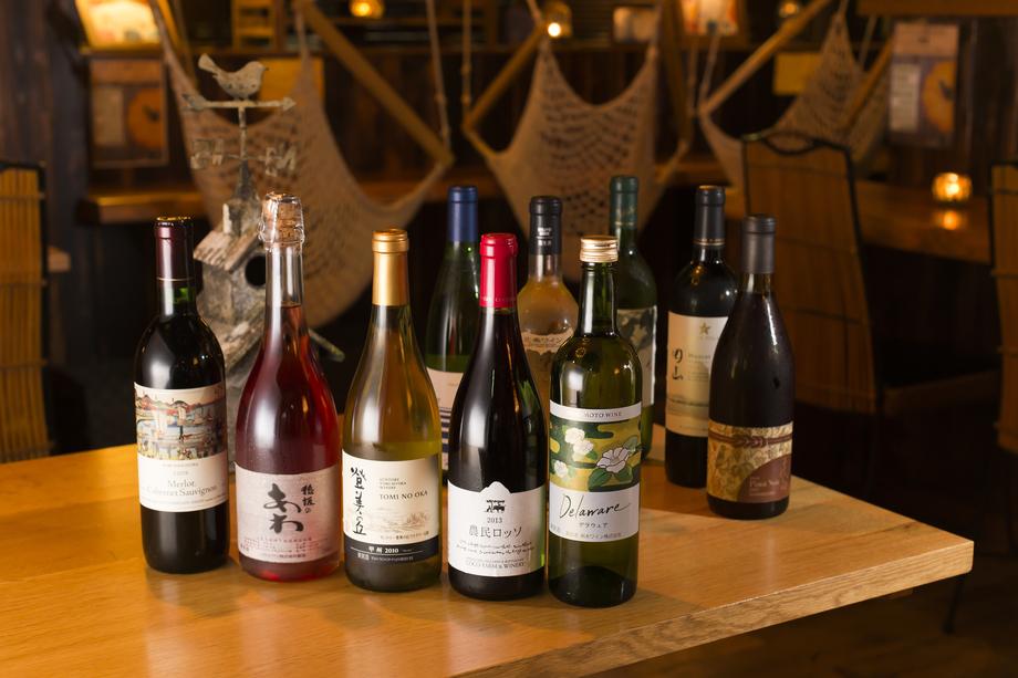 全国から取り寄せた日本ワイン50種類