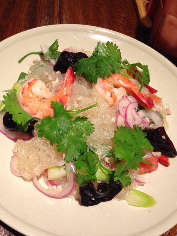 さっぱり!ヘルシー。タイの春雨サラダ「ヤムウンセン」