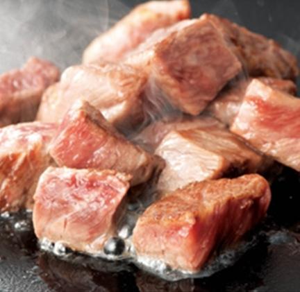 本日おすすめ肉の ゴロゴロステーキ(950円)