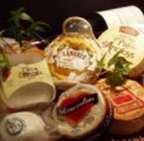 ソムリエ厳選!世界のチーズ 各種(400円  (盛合せ1500円))
