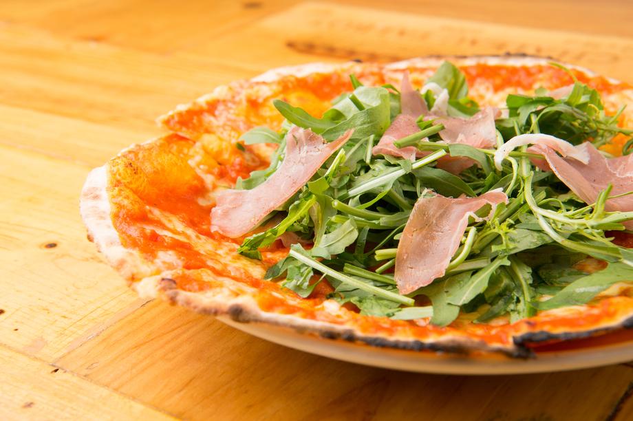 生ハムとルッコラのPizza(1000)