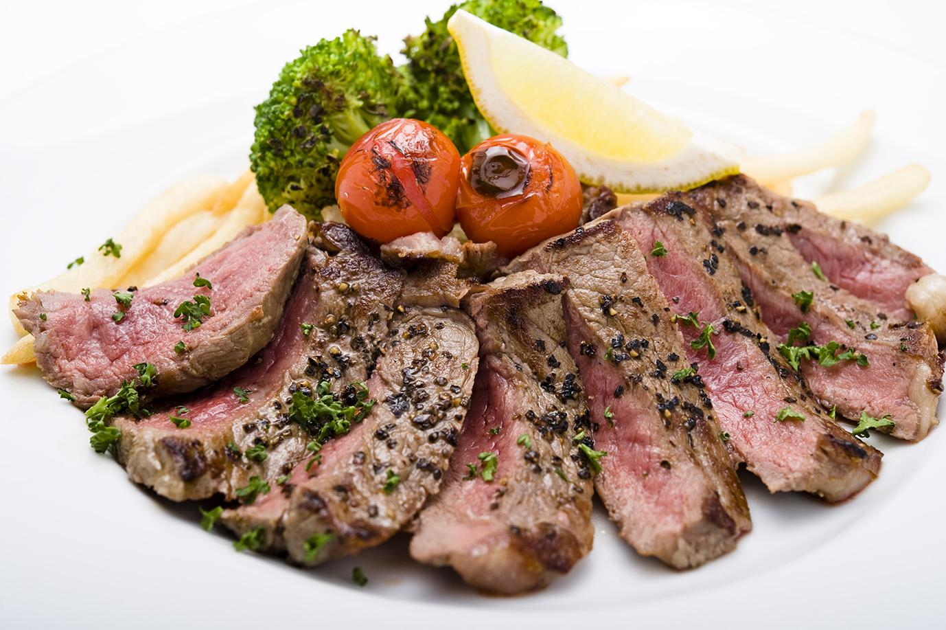 エイジングビーフ☆サーロインステーキ Aged Beef Sirloin Steak(200g)