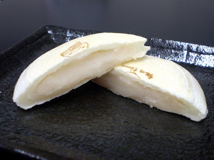 焼きもち 白あん(100円(税込))