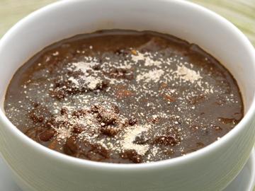 『フェイジョアーダ』煮込み料理 牛とソーセージをインゲン豆と一緒に煮込んだブラジル家庭料理をBANCHO風に仕上げました。