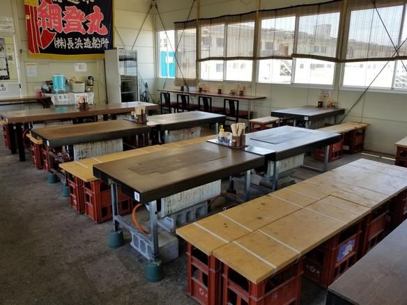 テーブル席(6月~10月)定食屋