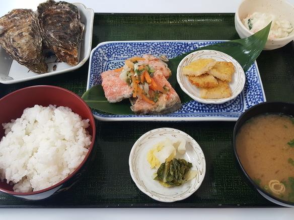 日替り 鮭の南蛮漬け定食(6月~10月)