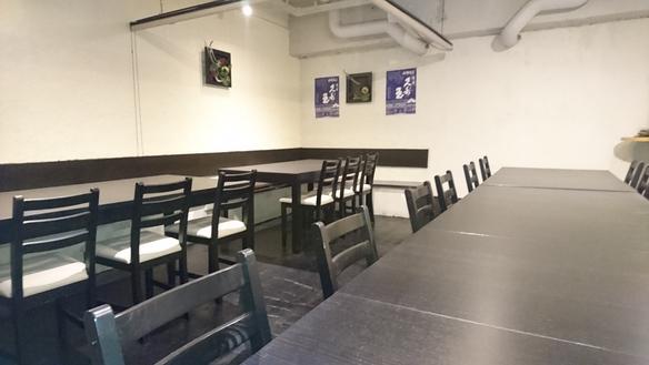 個室は10名様から最大24名まで可能です。人数・レイアウトご相談ください。