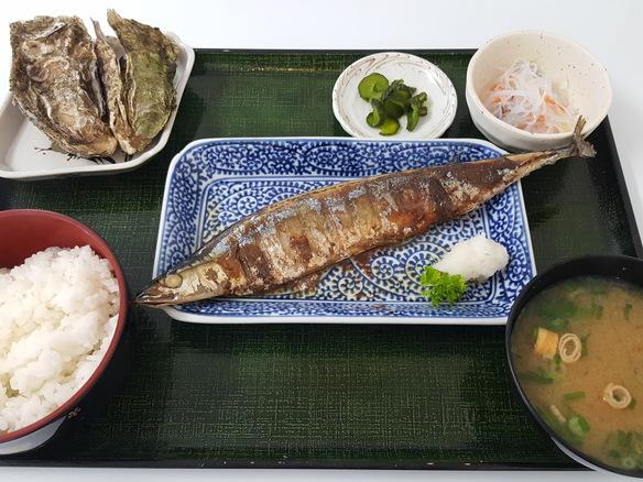 日替り サンマの塩焼き定食(6月~10月)