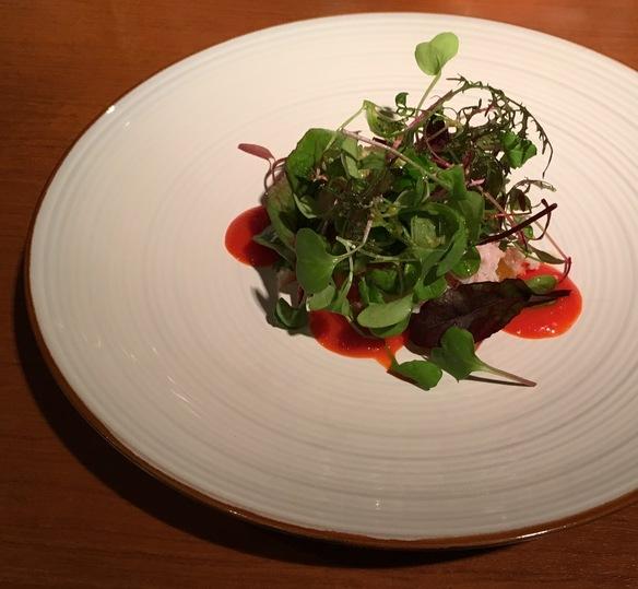 糸島産ハーブ野菜のインサラータ