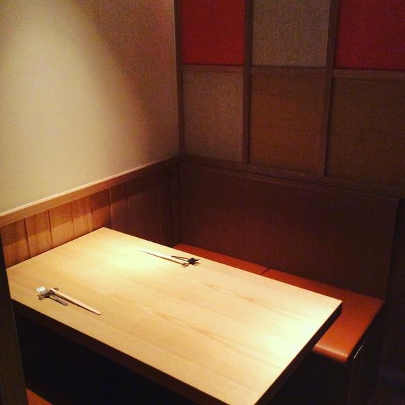 大切な人とのお食事に◎【完全個室】 をご用意しております。接待や、記念日、デート、落ち着きのある雰囲気をお過ごしいただけます。