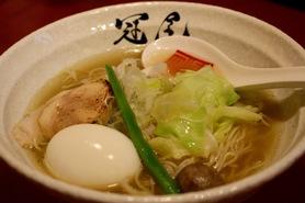 「鶏清湯らぁめん(800円)」味玉トッピング