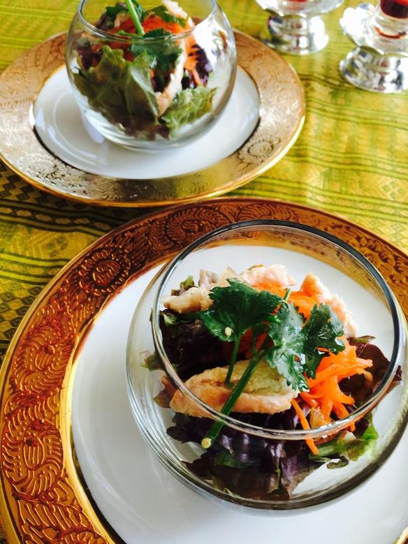 チキンとキャロットのタイ風サラダ