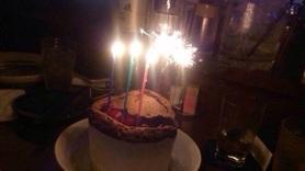 当日お誕生日のお客様にはホールケーキプレゼント♪(前日までの御予約で要お申し出)