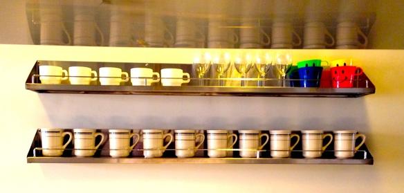 コーヒーは築地のライブコーヒーさん焙煎のオーガニックブレンドです