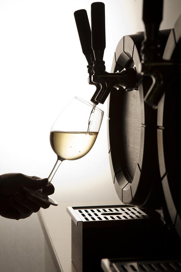 【現地樽詰めワイン】 樽生ドラフトワイン「白」 ソーヴィニョン・ブラン