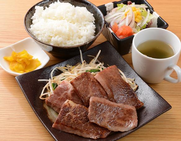 お昼の定食<カルビランチ>