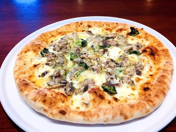 イワシとアンチョビのピザ