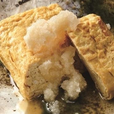 「だし巻き玉子焼き」当店一番人気の蕎麦前です。 *大きいサイズ700円 *小さいサイズ500円
