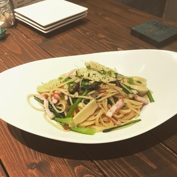 地元農家さんから仕入れた野菜!竹の子と小松菜のペペロンチーノ