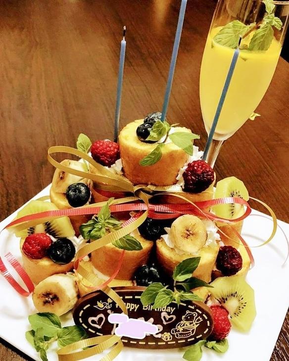 自家製ドルチェ!!ロールケーキタワーです。大切な記念日のご予約ケーキ受付中!!¥2,800~