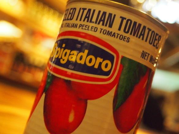店内にはトマト缶がたくさん♪その使い道とは?