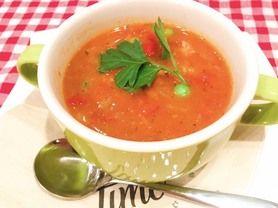 チキンガンボスープ たっぷりのお野菜とチキンが入ったピリ辛スープ