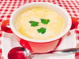 クラムチャウダー あさりの旨みを最大限に引き出したクリーミーなスープ