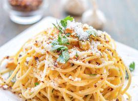 ペペロンチーノ シンプルだけど美味しい!ニンニクと唐辛子のスパゲッティー
