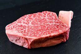 お肉屋さんが『君に、焼いて揚げる。』