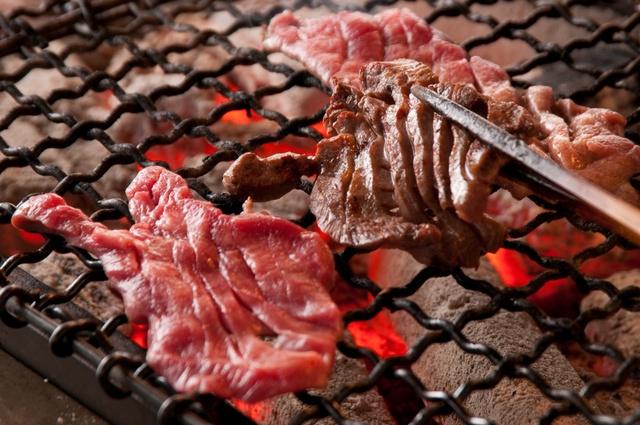 【池袋】カルビ、タンが食べ放題!2,000円台で焼肉食べ放題のお店5選