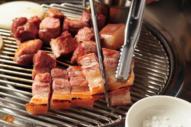 新大久保のサムギョプサルが美味しい韓国料理店5選