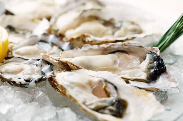 本日まで!急いで!南青山『カキドコロTOKYOバル』で生牡蠣が半額で食べられるチャンスを逃すな!