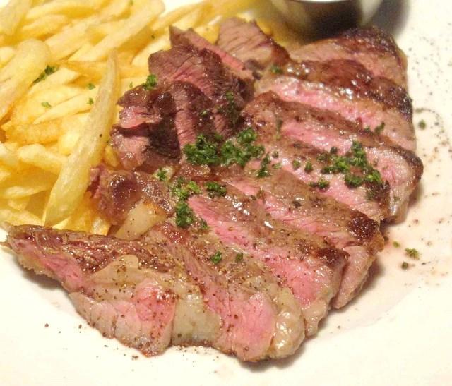 【人気も納得!】神田裏路地ビストロ『BRASSERIE LE ZINC』の肉々しいコースに舌鼓!