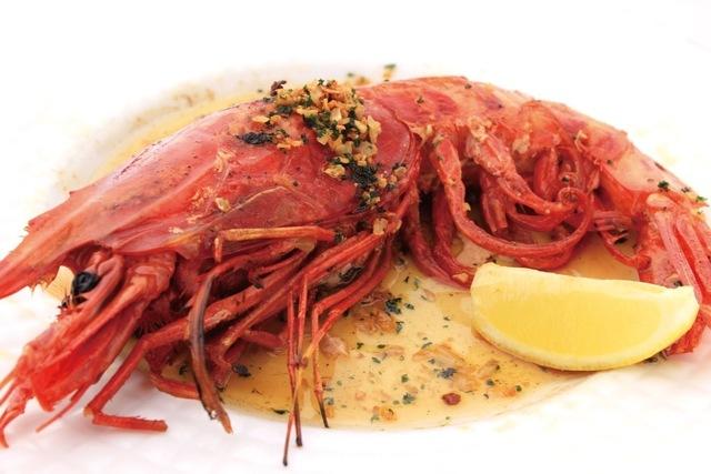 """全長40cm超の海老!?スペイン産高級食材""""カラビネーロ""""を『びいどろ』が原価提供!"""