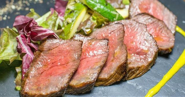 【恵比寿】旨味凝縮の3種の肉盛りは必食。朝5時まで営業の『Baru Comodo』で飲み明かす