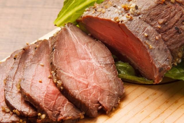 大好評企画「肉祭り」が8月末まで延長!980円で生ハム・ローストビーフの食べ放題!『BSM 横浜関内店』