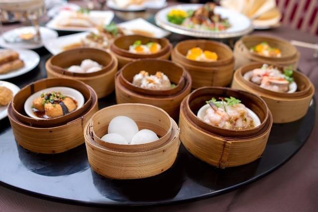 【横浜中華街】自慢の四川料理や豪華フカヒレ、オーダー式食べ放題も!コースで味わう中華料理店5選