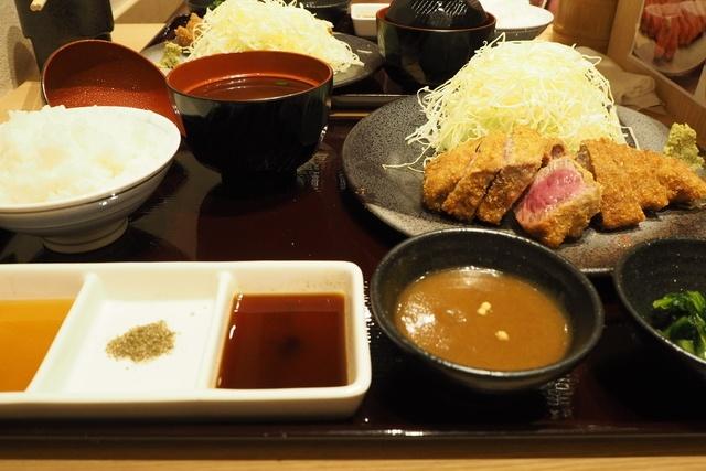 【売り切れ必至】1580円の牛カツを500円で食べて来た!チャンスはあと3回『京都勝牛』