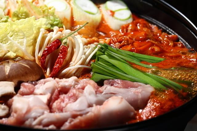 【新宿】ガッツリお肉やマグロ解体ショーも!忘年会で迷ったらここで決まり9店舗まとめ