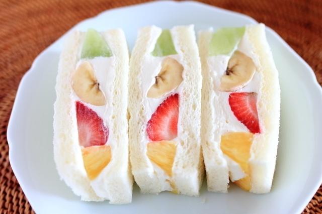 【東京】贅沢フルーツ×生クリーム!今東京で食べたいフルーツサンド9選!
