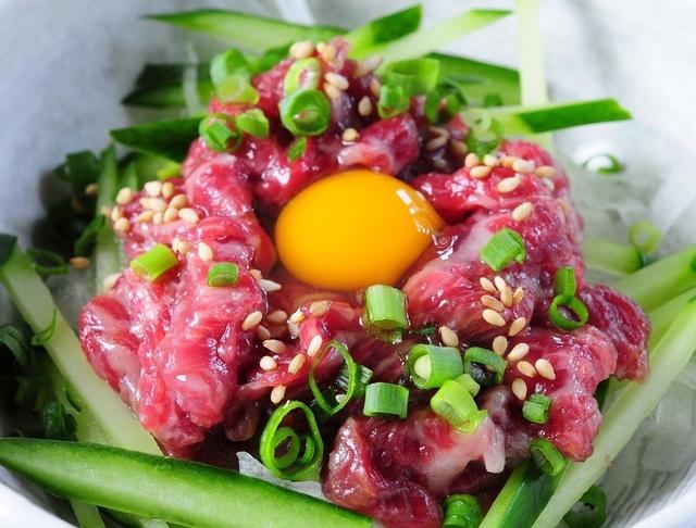 東京で生肉食べるなら!東京都内で極上の生肉が食べられる人気店9選