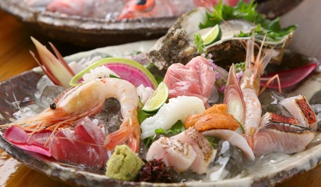 【丹波橋】ノドグロから金目鯛まで!旬の鮮魚を全国のプレミア地酒と堪能!『新鮮具味』