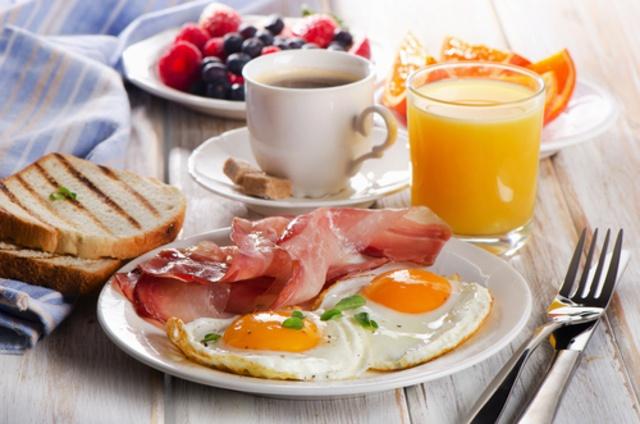 【新宿駅東口】1,000円以内のモーニングが頼める喫茶店11選!トーストやコーヒーで充実の朝を