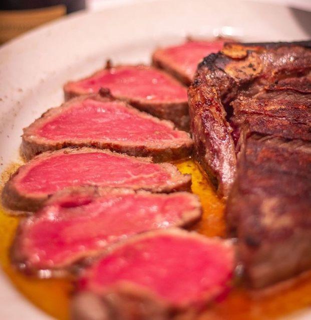 【六本木】2種の希少部位を1枚のステーキで。シャンパン付き特別コース登場『エンパイアステーキハウス』