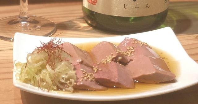 【恵比寿】あのレバ刺しも!?超新鮮朝挽きホルモンと日本酒を『ふじ屋』で味わおう