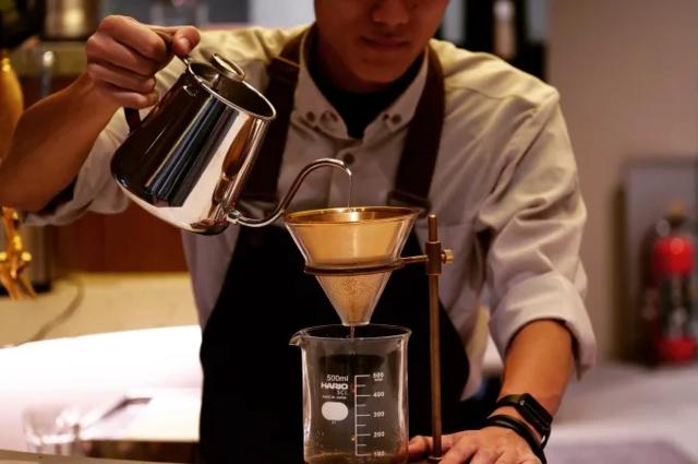 銀座で行きたい喫茶店・最新カフェ5選!コーヒー好きに愛される老舗から定額制まで