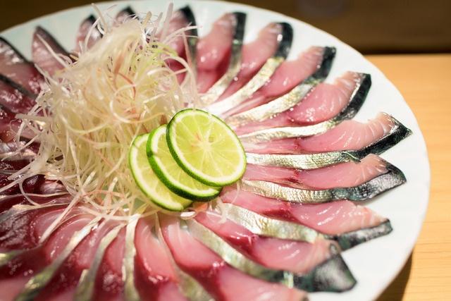曙橋でお手頃価格の高級魚を。大人の普段使いに最適な小料理店『根もと』